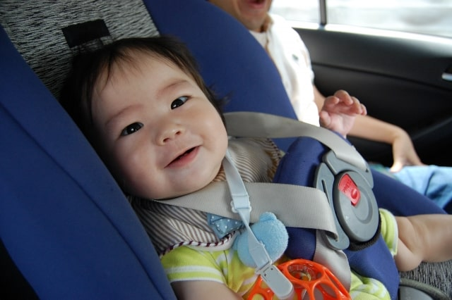 車内でぐずる子供対策・対処法